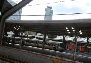 島根・鳥取旅行の移動中に通った岡山駅の風景です。